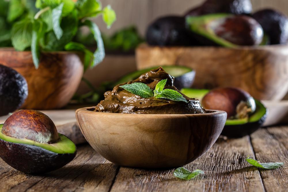Rezept-für-veganes-Schoko-Mousse-Mousse-au-Chocolat-vegan-Avocado-Rohkost-Kakao-Rohtopia