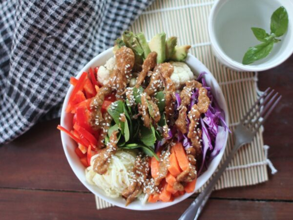 Buddha Bowl with Satay Sauce