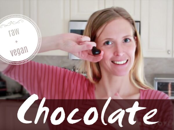 recipe for raw vegan chocolate with cacao paste liqueur